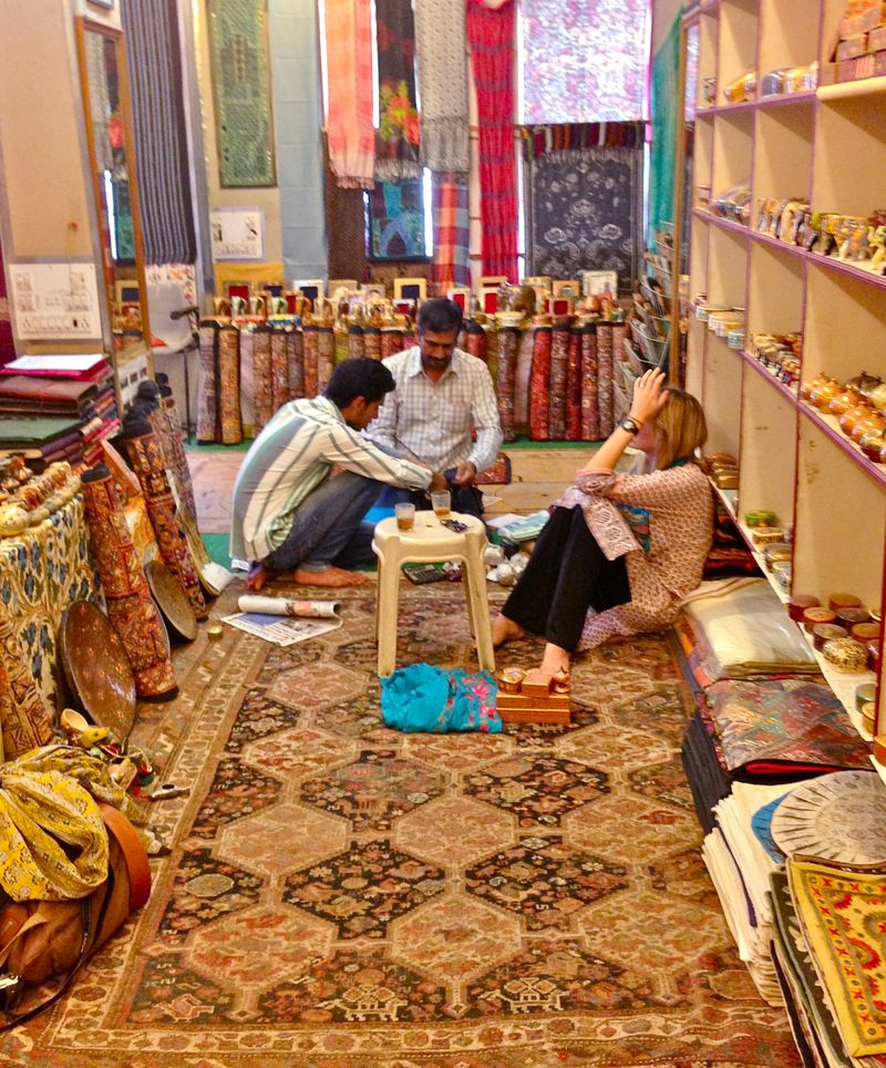 Sit n shop india anahata katkin