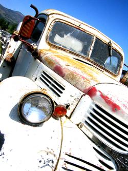 White_truck_6